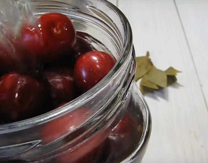 Варенье из вишни с косточками – как варить вкусное вишнёвое варенье