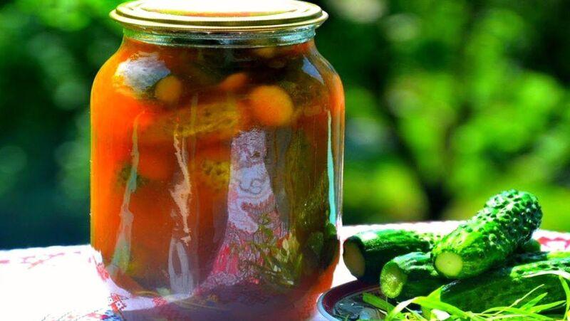 Огурцы в томатной заливке на зиму — обалденные рецепты